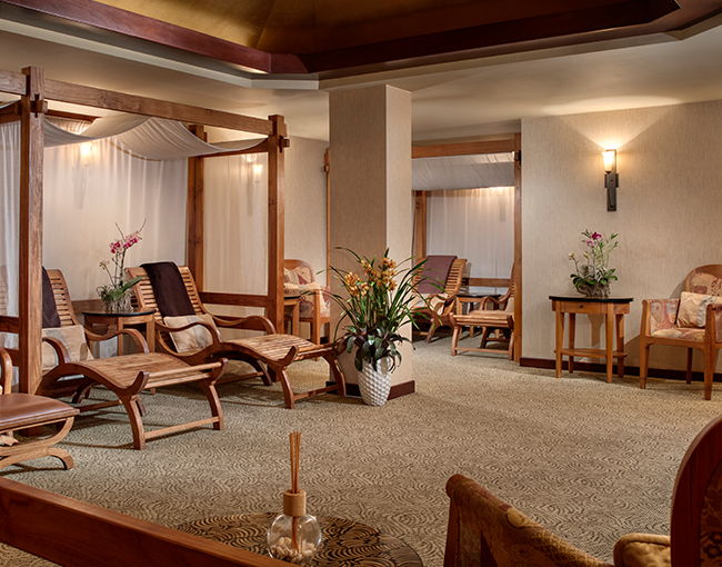 Overview of the relaxation room at The Catamaran Spa
